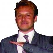 Diretor Gustavo Aquino