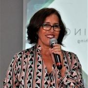 Diretora Cristina Romero