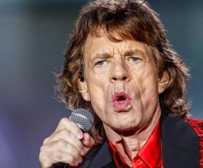 O que Mick Jagger fez para levar os Rolling Stones ao topo do sucesso?